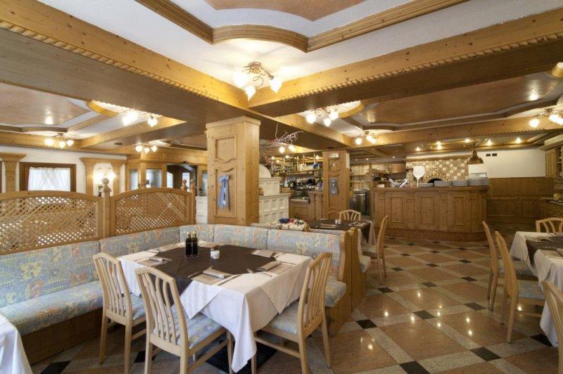 Aparthotel Majestic - Dolomity/Jižní Tyrolsko - Itálie, Predazzo - Lyžařské zájezdy